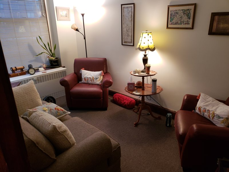 Therapy Room At Oak Park Il Office With Two Chairs And A Couch